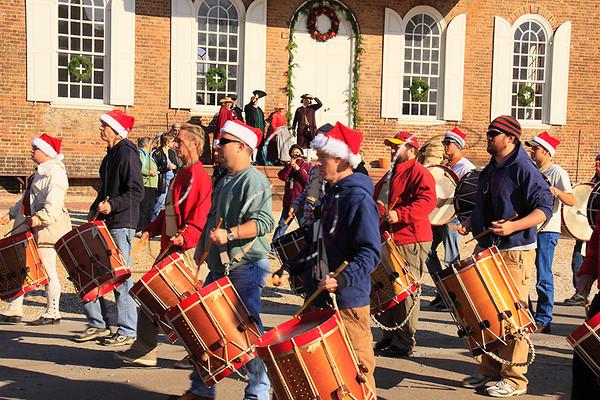 Christmas parade fife and drum