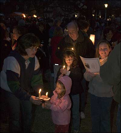 singing by candle light grand illumination and first night